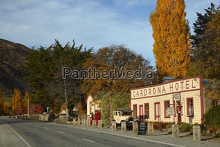 historisches cardrona hotel und oldtimer in