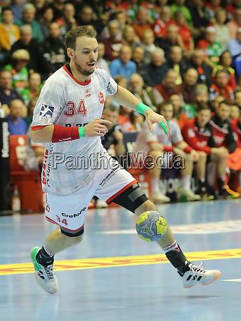 handballspieler kai haefner mt melsungen liqui