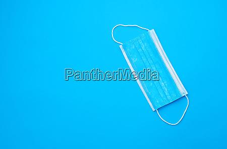 blaue sterile medizinische maske mit weissen