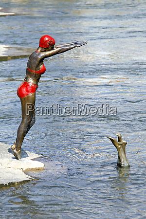 skopje macedonia september 17 schwimmerstatue