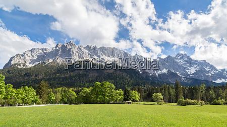 wettersteingebirge, garmisch-partenkirchen, , bavaria, germany - 28001933
