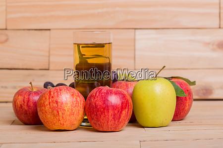 apple, juice - 28004726