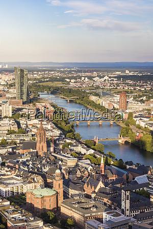 hochwinkelansicht des stadtbildes gegen himmel frankfurt