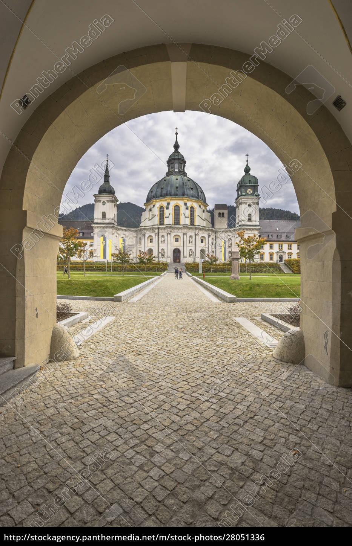 germany, , bavaria, , garmisch-partenkirchen, , courtyard, archway, and - 28051336