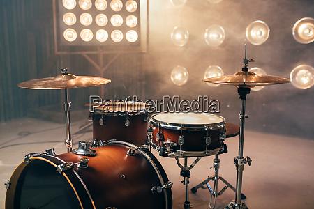 drum kit percussion instrument beat set