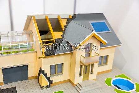 modell des hauses waermedaemmung des dachkonzepts