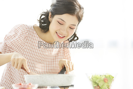 female lifestyle cuisine