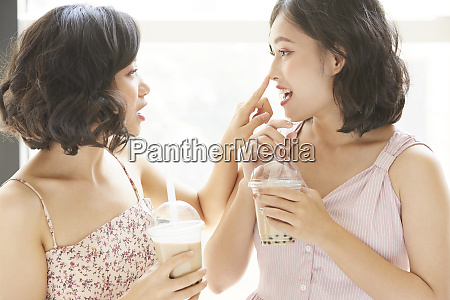 female friend lifestyle