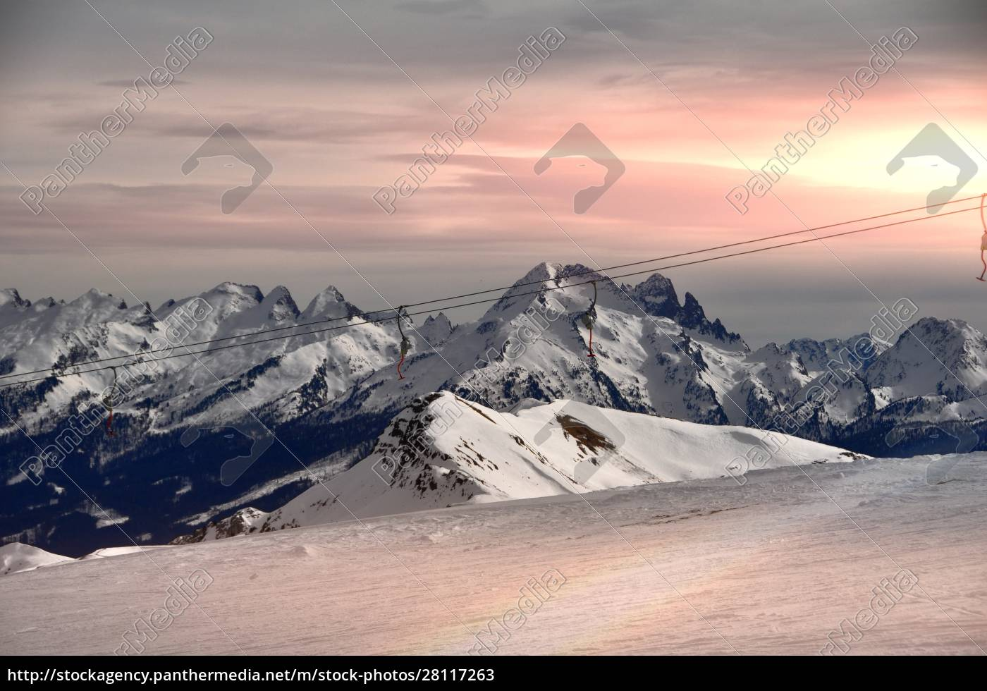 skiing, insouthern, tyrol - 28117263
