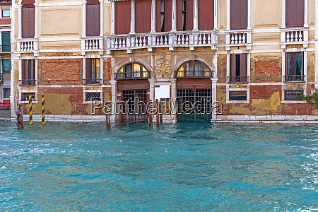 building at grand canal in venice