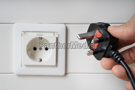 handholding inkompatibler ac stecker