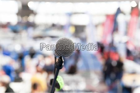 mikrofon OEffentlichkeitsarbeit pr