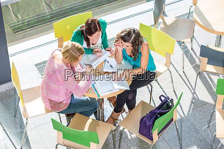 gruppe, von, studenten, studieren, hart, für - 28161666
