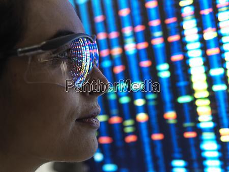 genetic research wissenschaftlerin die ein dna