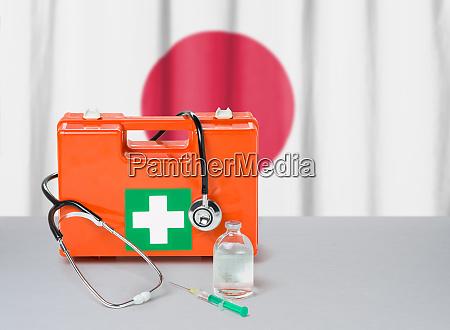 erste hilfe set mit stethoskop und