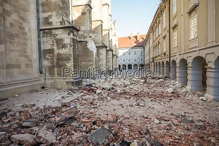 zagreb, von, erdbebengeschädigter, kathedrale, getroffen - 28229190