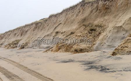dune with landslides