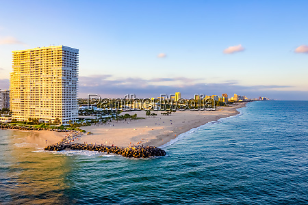 cityscape of ft lauderdale florida showing
