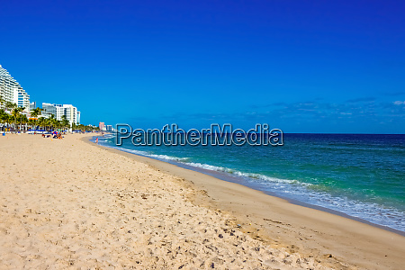 fort lauderdale beach with the distinctive