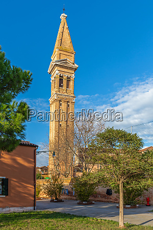 leaning church tower in burano venice
