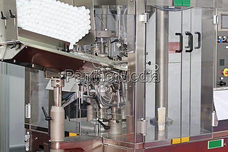bottles packing machine