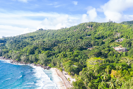 seychellen takamaka strand mahe insel landschaft