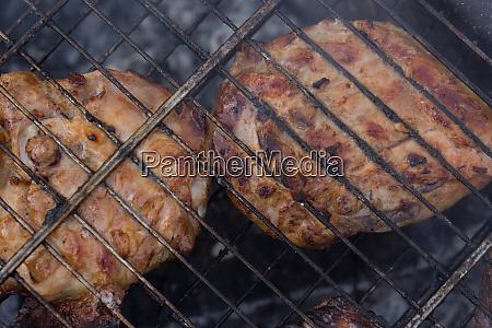 leckeres fleisch gebraten in grile mit