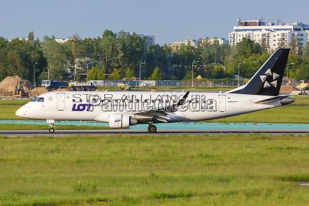 lot polskie linie lotnicze embraer 175