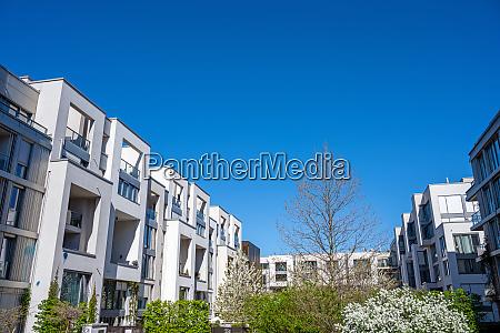 modernes wohngebiet in berlin deutschland