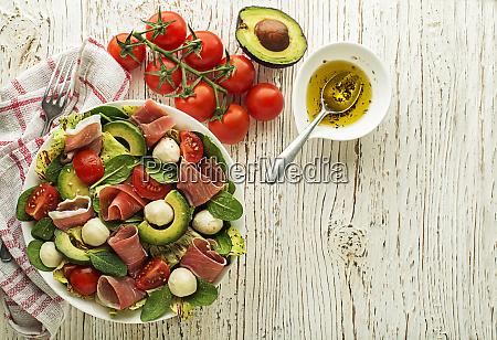 salat schinken
