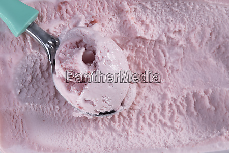 top view of strawberry flavour ice