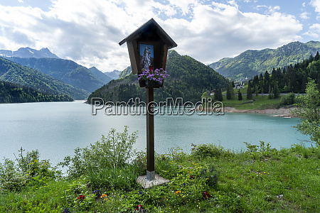 sauris lake italy