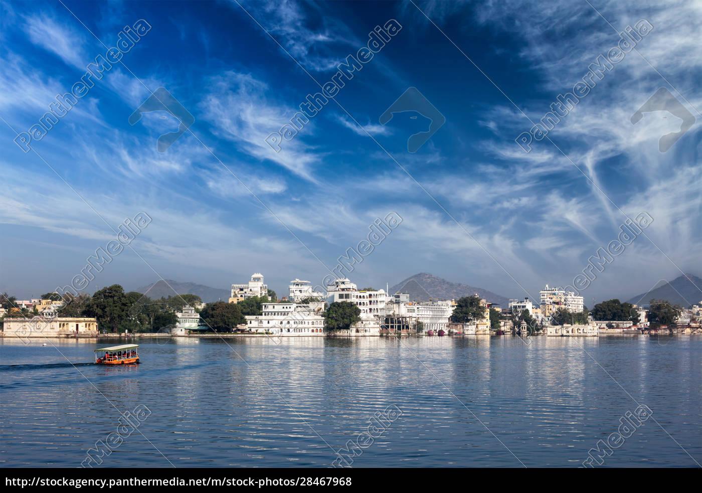 lake, pichola, udaipur, mit, touristenboot, rajasthan, indien - 28467968