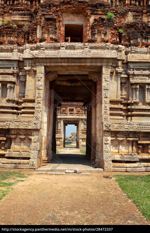 gate, in, gopuram., ruins, in, hampi, - 28472337