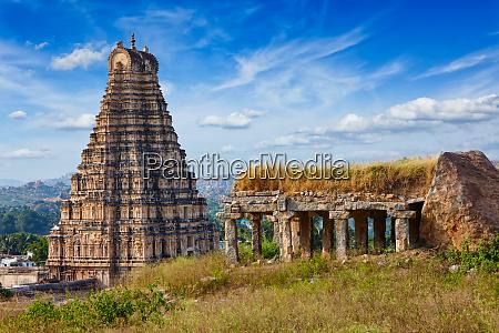 virupaksha, tempel., hampi, karnataka, indien - 28472359