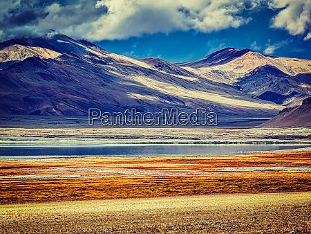 salt, lake, tso, kar, in, himalayas. - 28473604