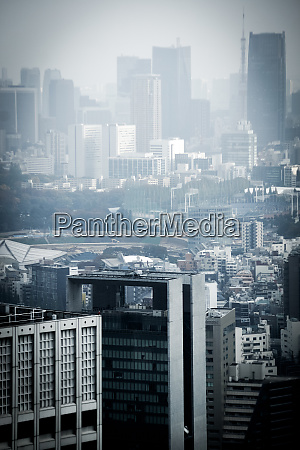 skyline von tokio vom observatorium des