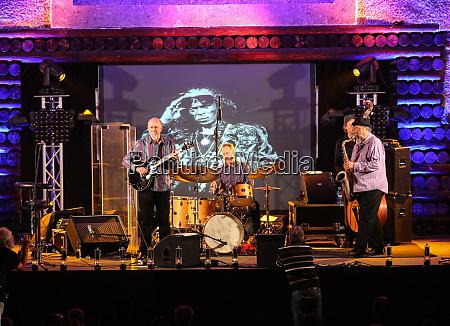 john scofield and joe lovano quartet