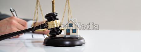 immobilienanwalt