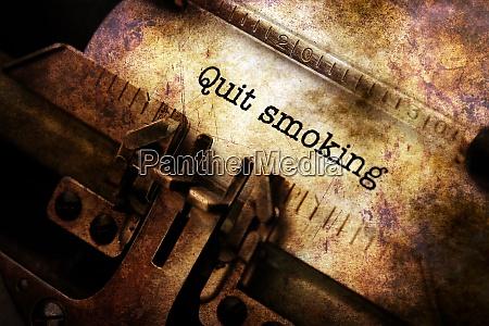 rauchen auf schreibmaschine beenden