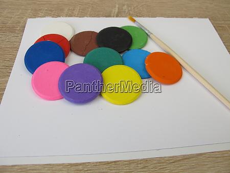 wasserloesliche aquarell farbe tabletten bunte