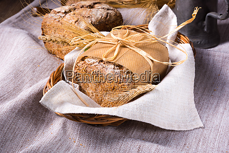 delicious and healthy homemade wholemeal bread