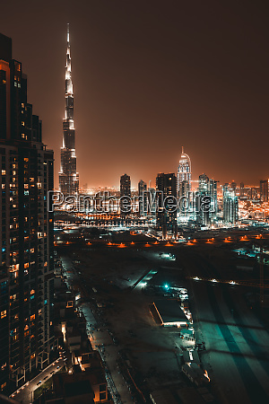 beautiful dubai at night