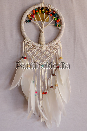 weisser traumfaenger indisches amulett das