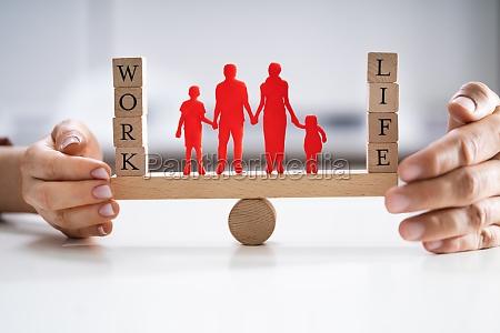schutz der balance zwischen arbeit und