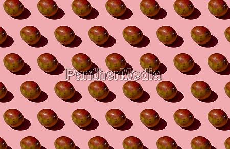 mango, pattern, on, pink, background - 28747011