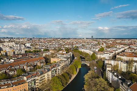 deutschland berlin luftaufnahme des landwehrkanals