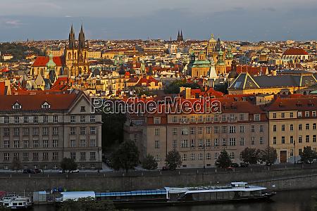 blick auf prag prag tschechische republik