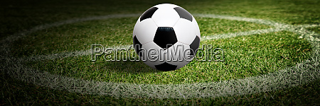 fußball, auf, grünem, spielplatz., fußballkonzept - 28818145