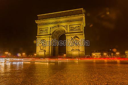 paris triumphbogen erleuchtet